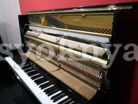 Sell yamaha u2 g upright piano for Yamaha upright piano cover