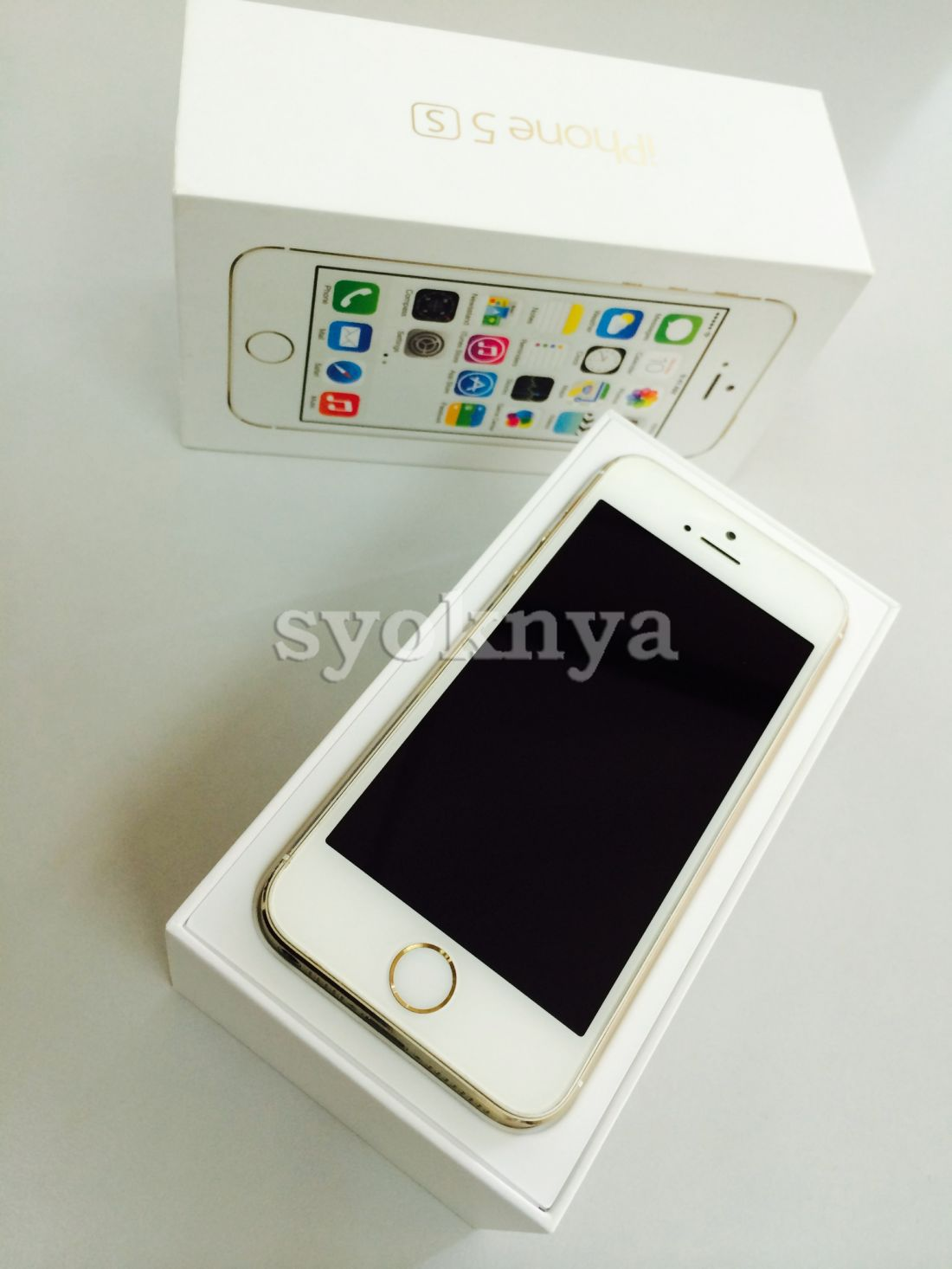 Sell iPhone 5S - 16GB (Gold White)